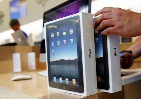 iPad 0001 Apple dichiara di aver venduto oltre 300 mila iPad Wi Fi nel primo giorno