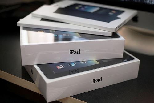 iPad Box 0001 iSuppli: LiPad resterà il leader indiscusso del settore tablet almeno fino al 2012, solo webOS potrebbe contrastarlo