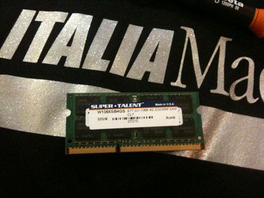 IMG 0802 Upgrade MacBook Pro 17 Unibody a 8 GB di Ram