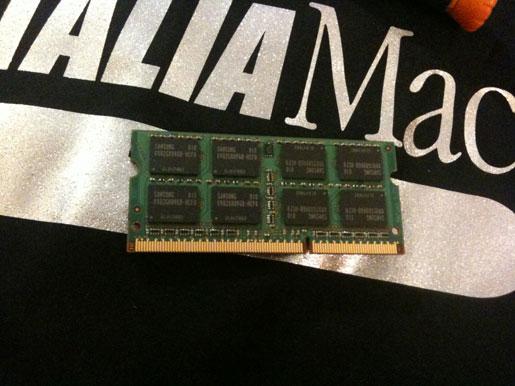 IMG 0803 Upgrade MacBook Pro 17 Unibody a 8 GB di Ram