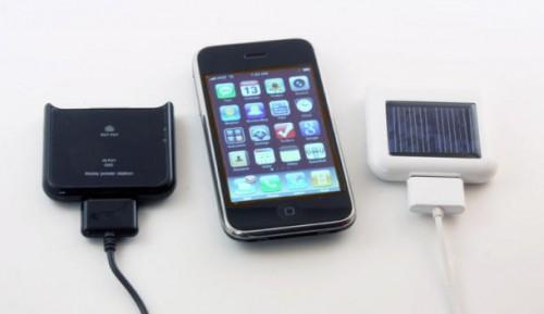 iPhone solicharger 001 500x289 Da Gennaio 2011 tutti gli Europei potranno acquistare un carica batterie standard per quasi tutti i cellulari