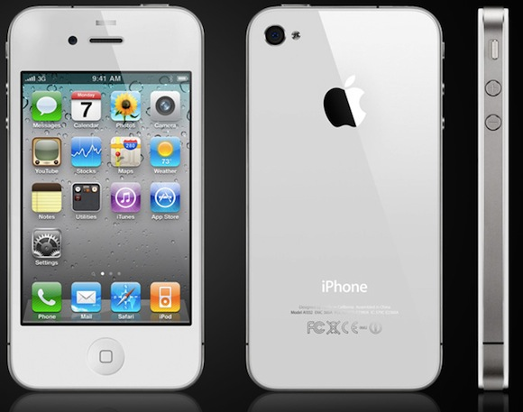 white iphone 4 iPhone 4 bianchi: arrivano ad aprile?