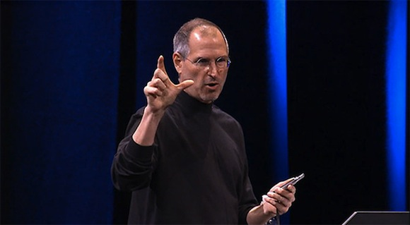 January 2007 iPhone introduction Steve Jobs shows pinch zoom with his fingers Apple, nuovi brevetti per nuove gestures