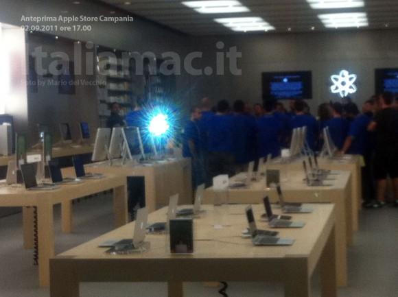 applestore italiamac 8 580x433 Reportage in anteprima: Scopriamo lApple Store Campania il giorno prima dellinaugurazione