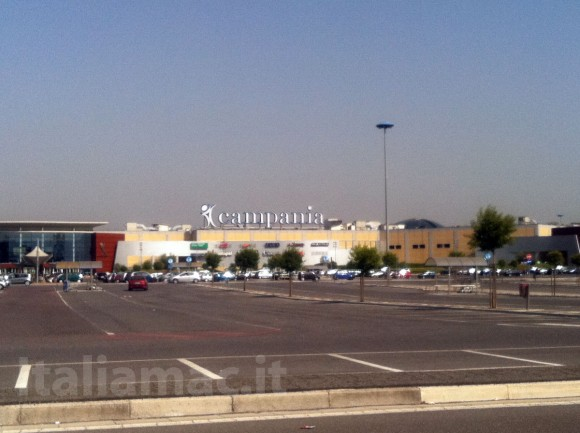 Italiamac anteprima the day before l 39 apple store for Apple store campania