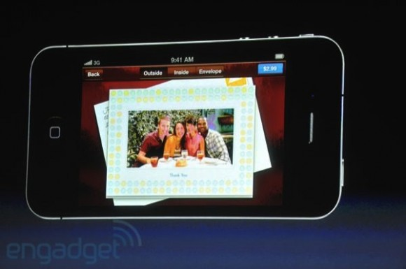 iphone5apple2011liveblogkeynote1243 580x385 Apple presenta due nuove applicazioni: Cards e Find My Friends