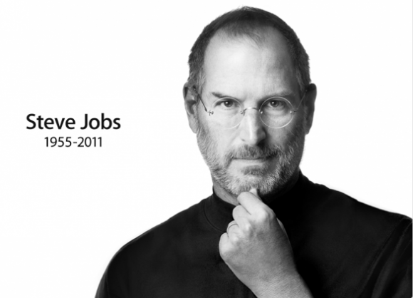 jobs in tv 580x418 Tutto il mondo si ferma per ricordare Steve Jobs