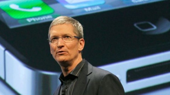 tim1 580x325 Tim Cook risponde alle accuse sui presunti maltrattamenti di Apple nei confronti di alcuni dipendenti