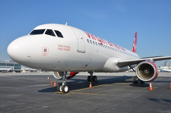%name Tributo a Steve Jobs sul nuovo aereo A320 della Virgin America
