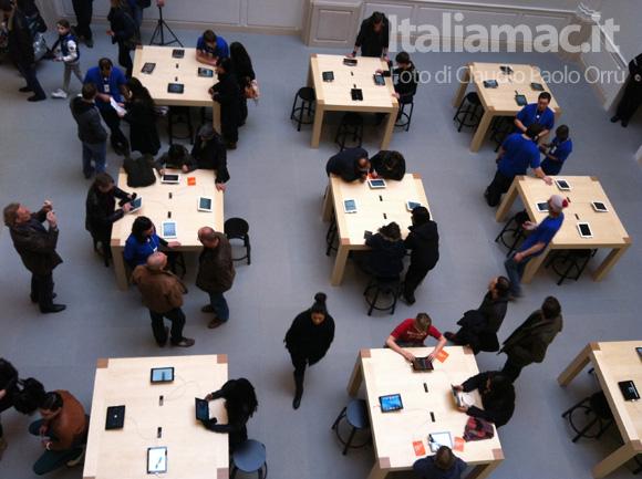 7 Linaugurazione del nuovo Apple Store ad Amsterdam, il reportage di Italiamac