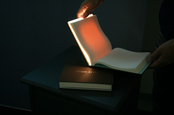 book2 580x386 The sound of nature di JvcKenwood al fuori salone del mobile