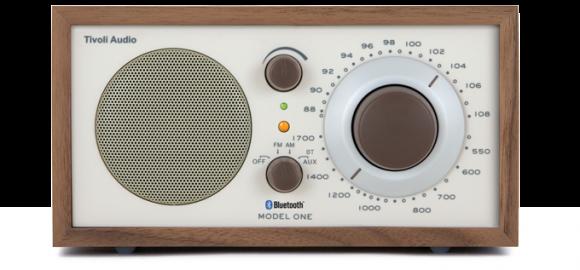 m1btcla 001 580x270 Model One Bt, una radio tra passato e futuro