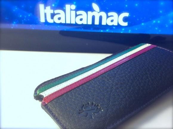 MBcases05 580x434 Custodia in vera pelle per iPhone, con tricolore e firmata MBcases