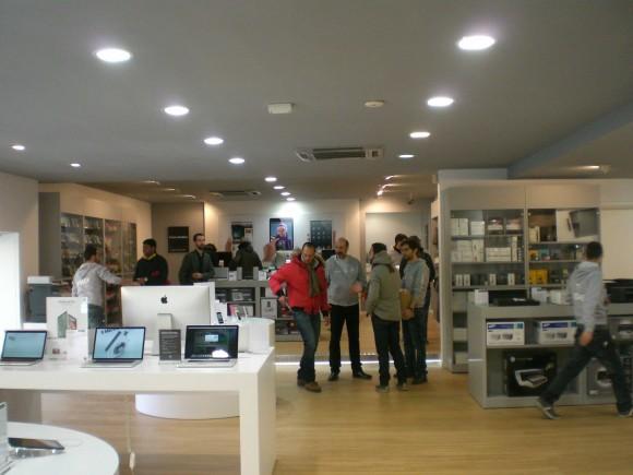 new Futura Grafica 5 580x435 Futura Grafica ha inaugurato il nuovo Apple Premium Reseller a Roma