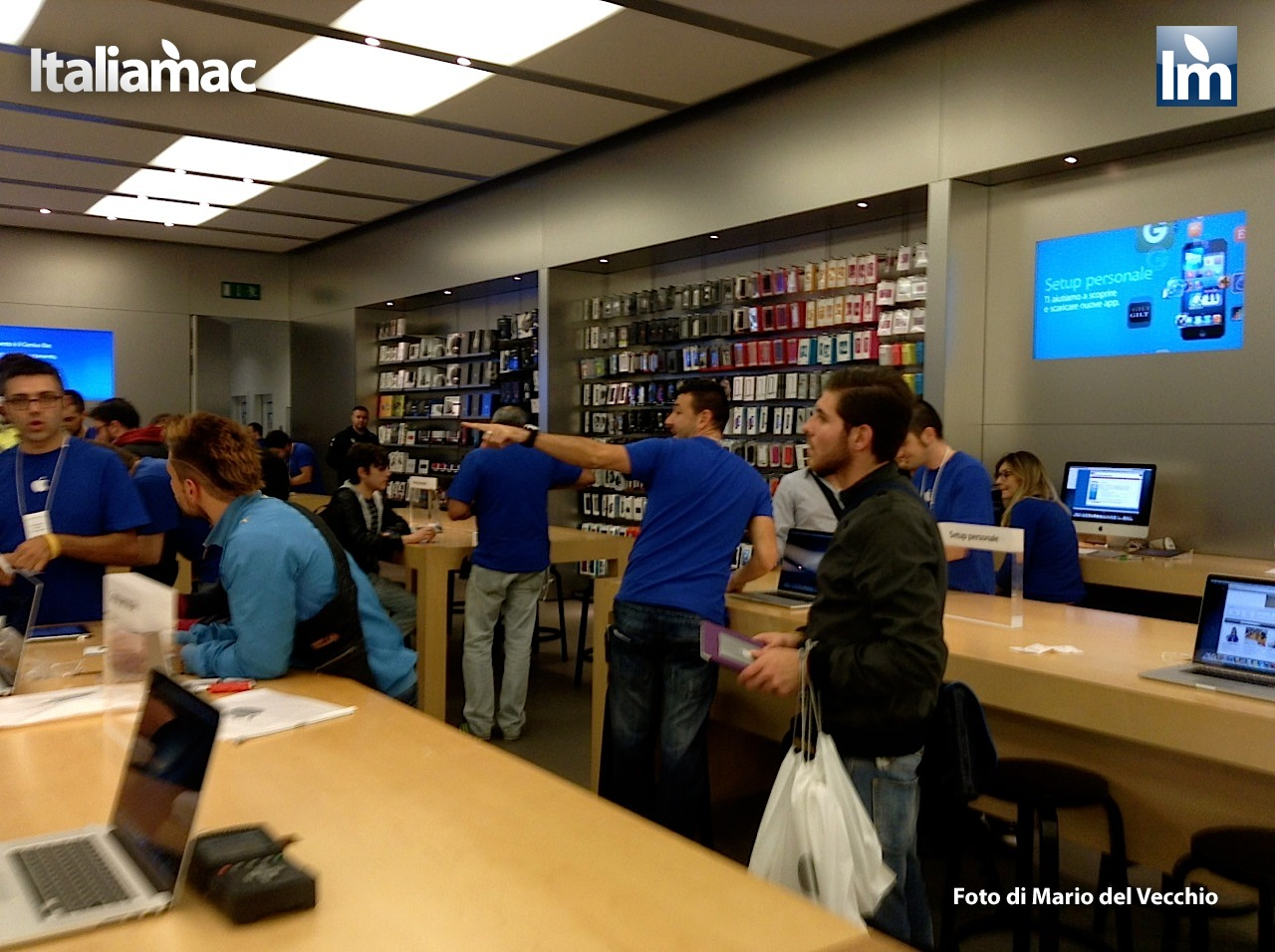 Italiamac italiamac all apple store campania per day one for Apple store campania