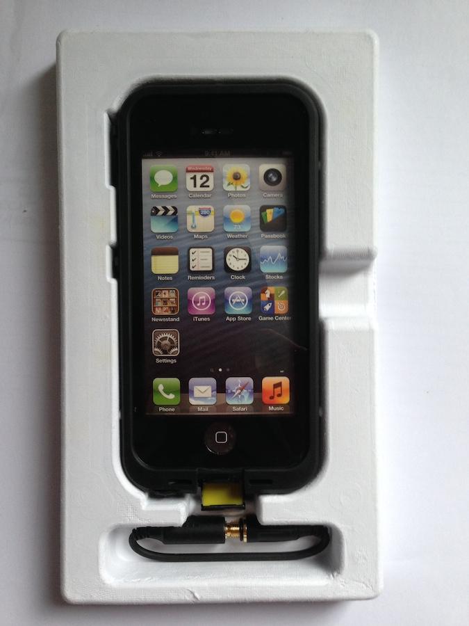 IMG 1800 LifeProof Frē: cover per iPhone a prova di... vita