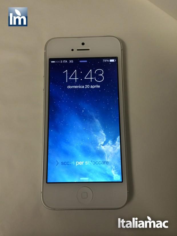 iPhone5 Front curvato 620x826 Esperienza con lassistenza Apple per un iPhone che si è deformato. La mela è seria.