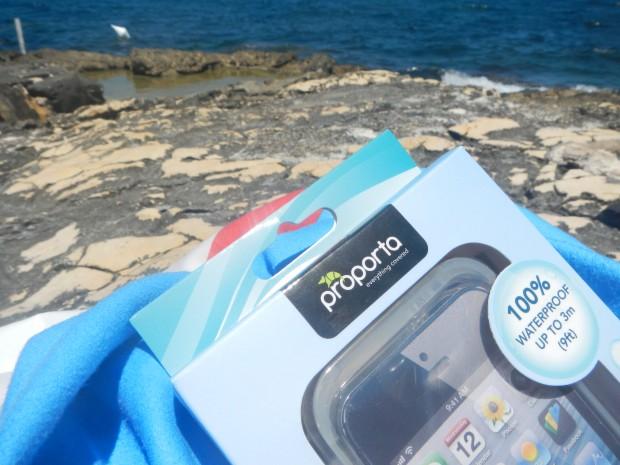 DSCN0881 620x465 Proporta: Custodia Amphibian per iPhone 5S, 100% impermeabile fino a 3 metri di profondità