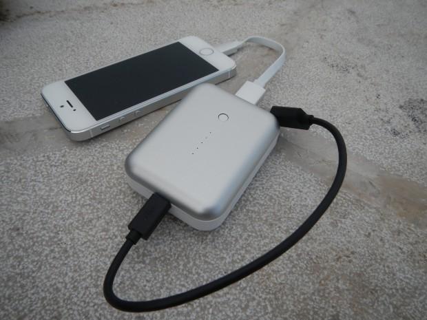 DSCN1152 620x465 Just Mobile: Gum + + Deluxe, un batteria di emergenza dalle dimensioni ridotte, a portata di iPhone