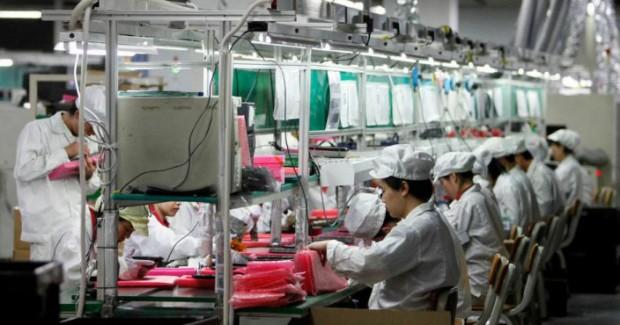 foxconn 620x325 Apple vieta l'utilizzo di alcune sostanze chimiche durante l'assemblaggio degli iPhone