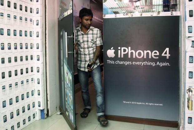 iphone india 620x418 Apple acquisisce quote di mercato in India con le vendite di iPhone 4 e iPhone 4s