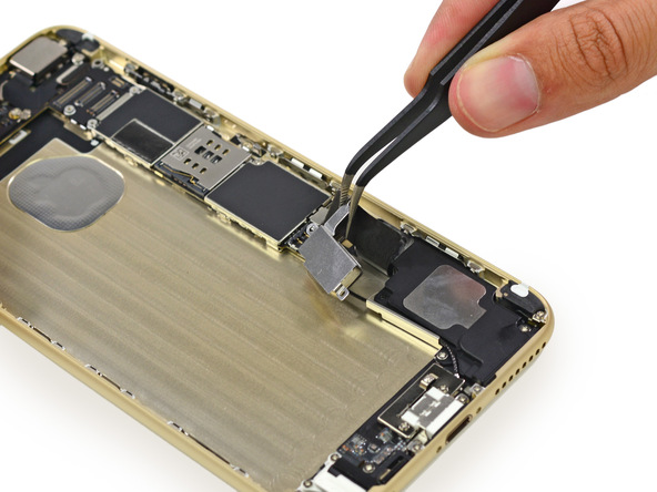 ifixit10 [immagini + Video ] iFixit: iPhone 6 Plus in tutto il suo splendore