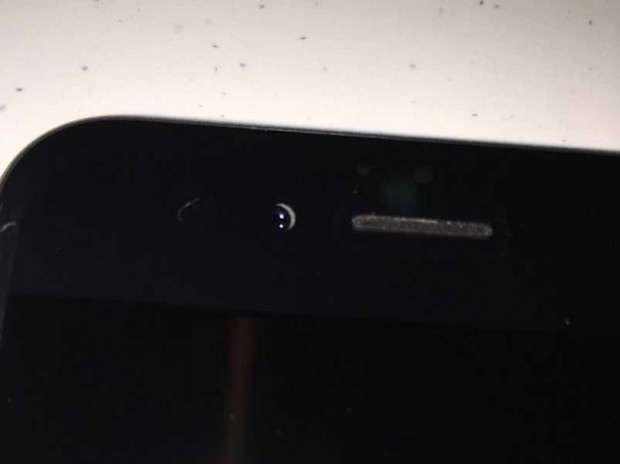 iphone 6 camera misaligned 2 620x464 Crescent Gate: iPhone 6 ed un disallineamento della fotocamera frontale