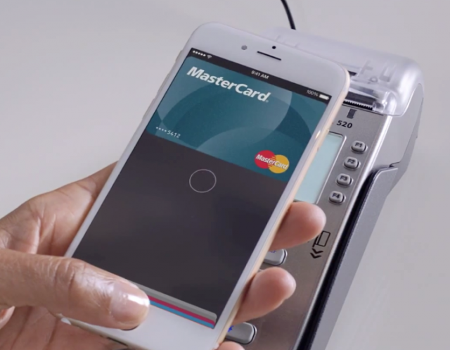 [Video] Gwen Stefani in un nuovo spot MasterCard per annunciare Apple Pay