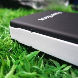my trendy phone batteria esterna7 250x250 My Trendy Phone, Power Bank per iPhone da 13.800 mah