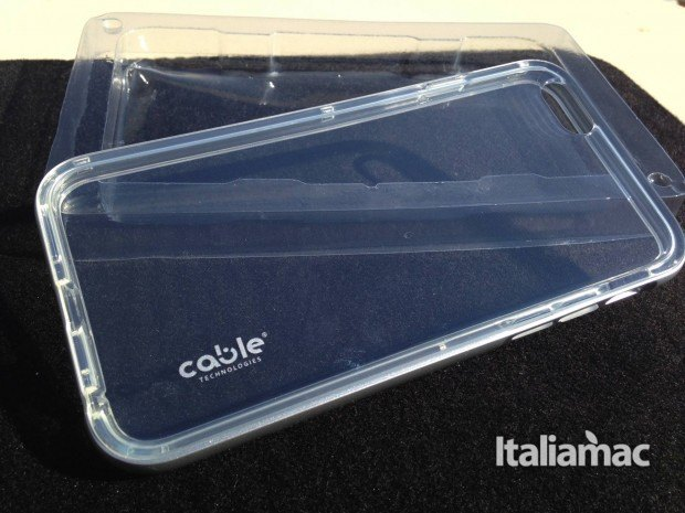 isee2 cable tecnologies 620x465 iSee2 e iSee Color, le cover per iPhone trasparenti e colorate