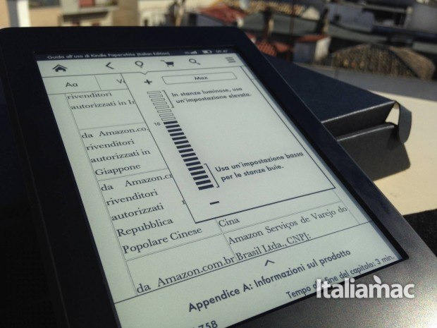 kindle paperwhite frontlight 620x465 Kindle Paperwhite 3G, la mia prova dell eReader Amazon