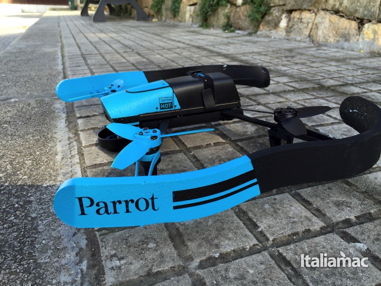 parrot32 Parrot Bebop Drone, riprese aeree a 180° in Full HD