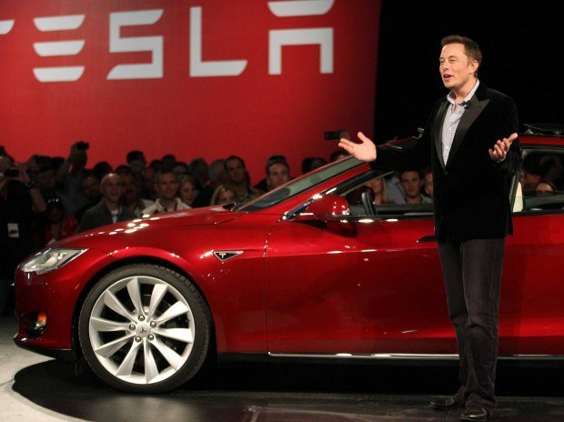 elon musk is borrowing another 150 million from goldman sachs to buy more tesla stock 620x464 Elon Musk di Tesla ci ripensa: Non odio Apple