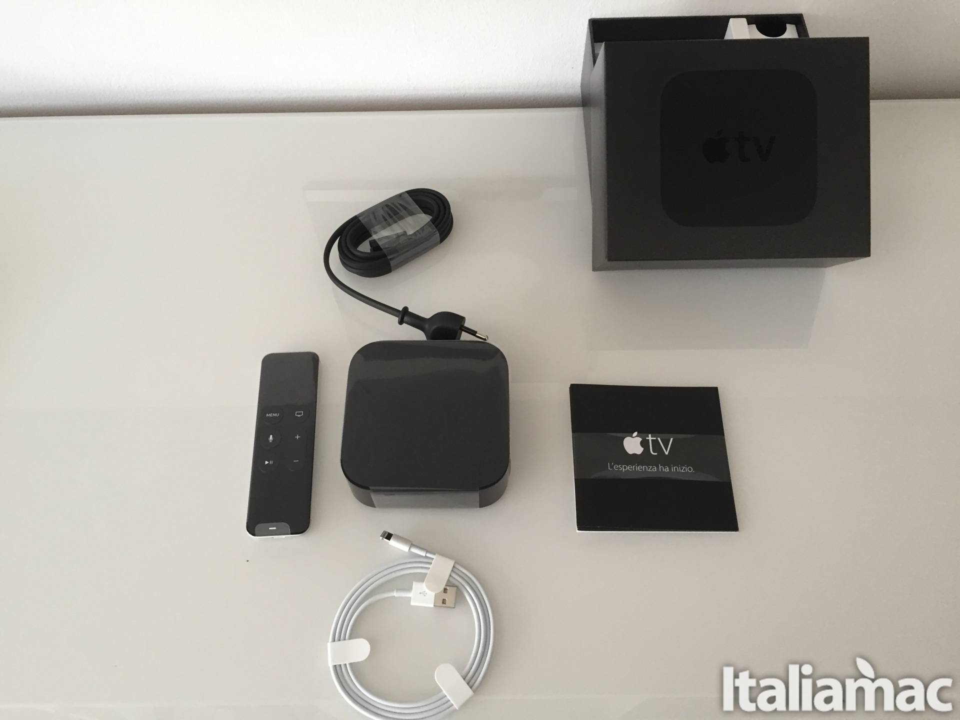 apple tv Unboxing ed Hands On di Apple TV by Italiamac