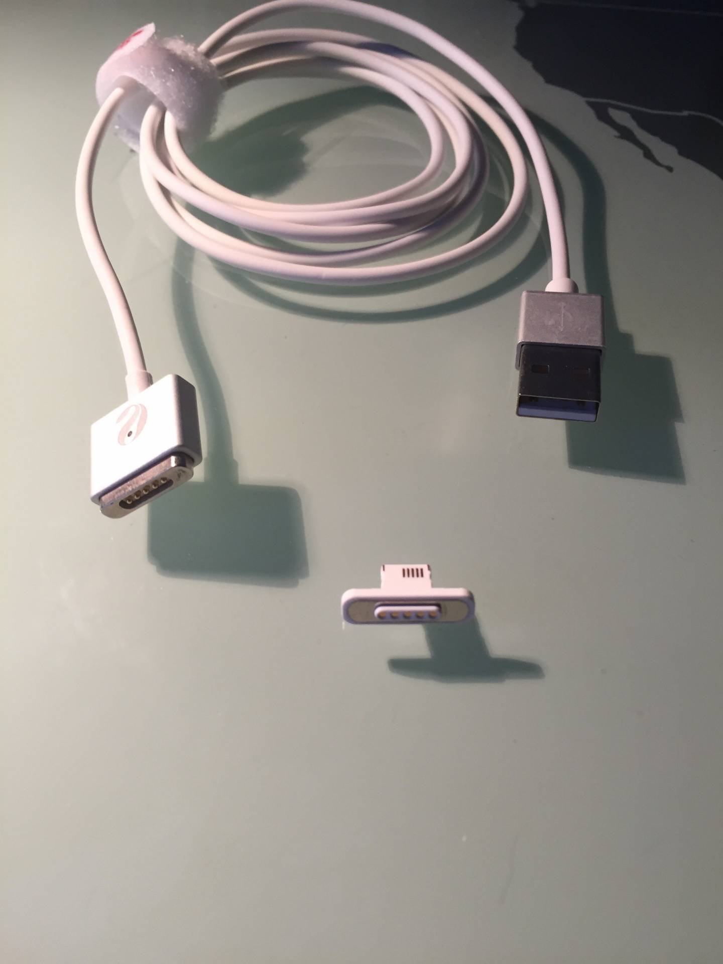 magsafe adattatore lightning Entalent, il cavetto USB magnetico per iPhone in stile MacBook