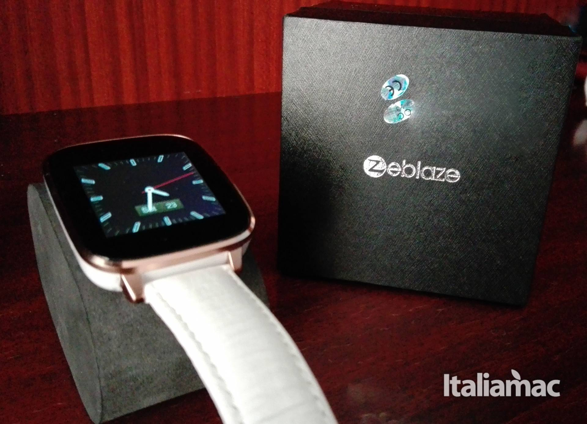 feature pic Zeblaze Crystal Smartwatch: un Apple Watch più economico?