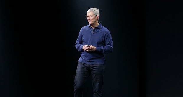 Tim-Cook-on-stage-2