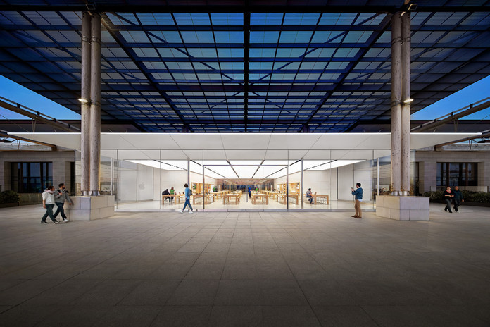 marseille hero 15 anni fa aprivano i primi due Apple Store