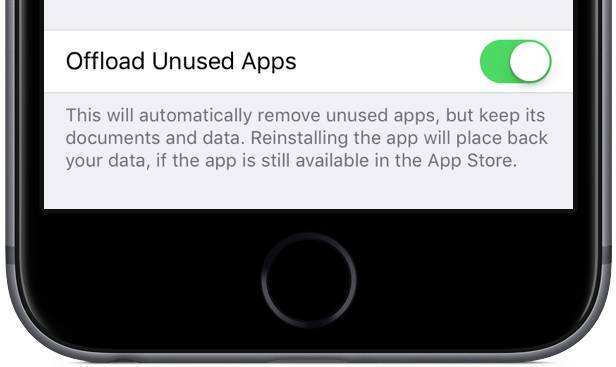 www.italiamac.it www.italiamac.it ios 11 settings itunes and app stores offload unused apps iphone screenshot 001 iOS 11 sarà in grado di eliminare automaticamente le app che non usiamo