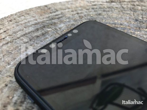 www.italiamac.it iphone 8 esclusiva anteprima iphone 8 exclusive 17 620x465 Scoop! Italiamac Shows You the iPhone 8 Sneak Preview! [Photo and video]