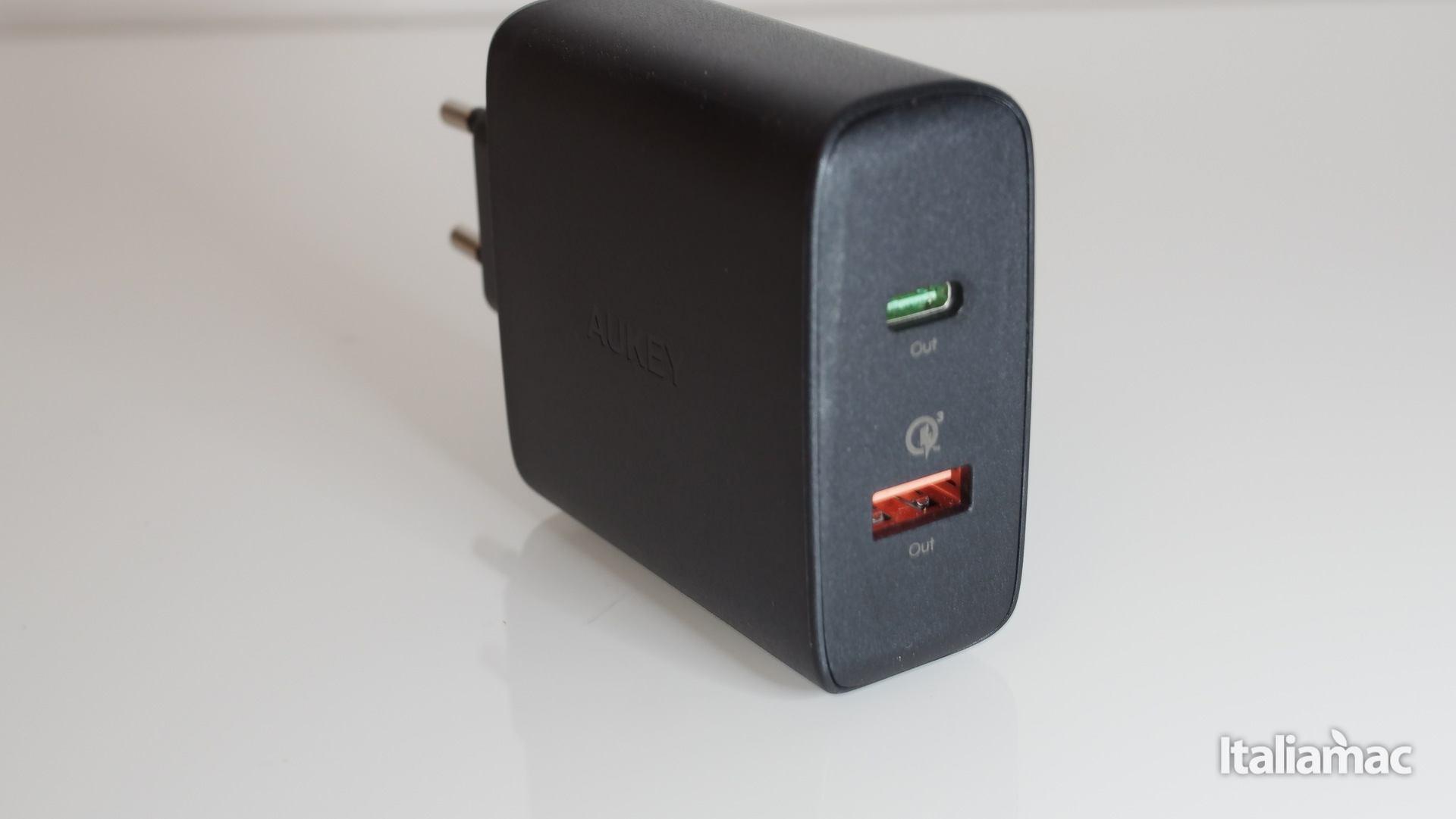 italiamac p3070947 Caricabatterie Aukey USB C per caricare rapidamente iPhone 8/Plus/X